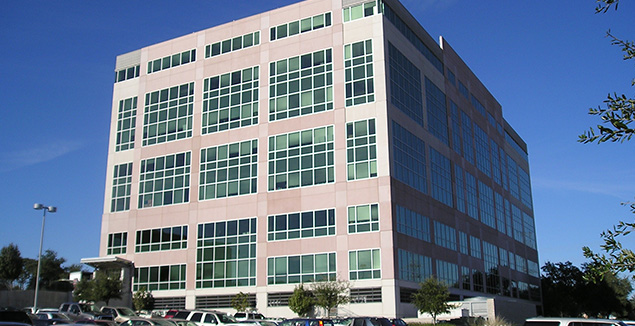 Braker Pointe Office Building and Parking Garage